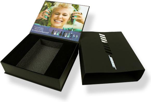 коробка с полиграфией из переплетного картона