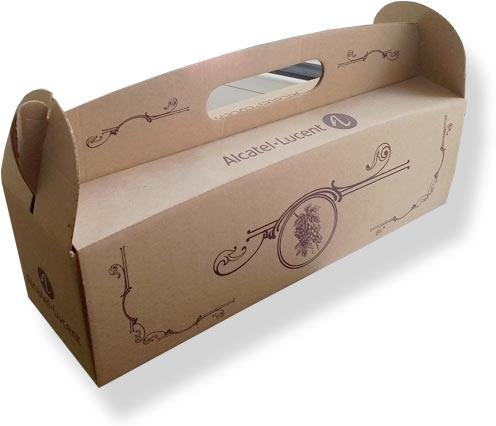 крафтовая коробка с логотипом