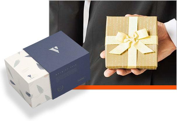 солидная подарочная коробка